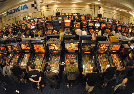Fish bowl perspective of the UK Pinball Show...