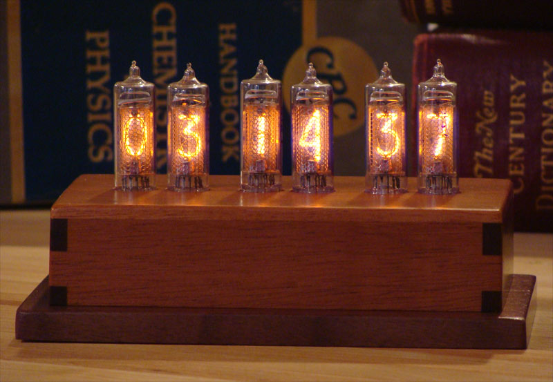 A half dozen nixie tubes at work