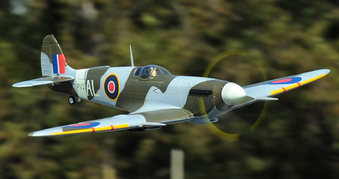 Rc-spitfire-flyby