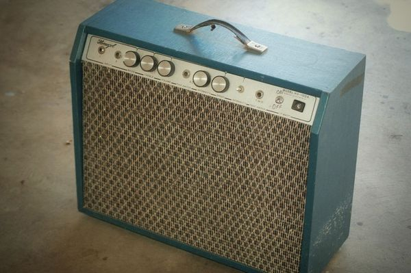 Retro Thing: Vintage Guitar Amp Mystery