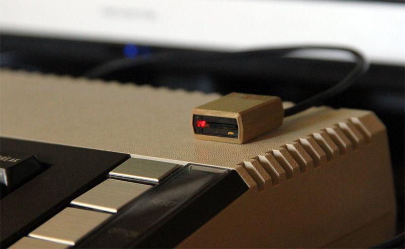 Miniature Atari 810 in action