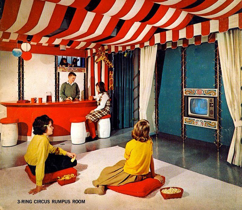 Retro Thing: 3 Ring Circus Rumpus Room