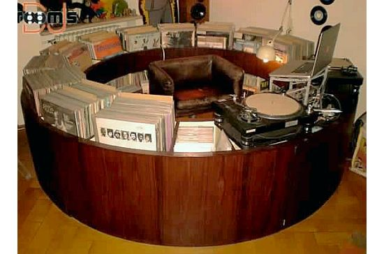Circular DJ booth2