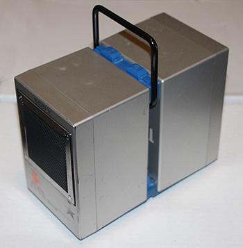 Speaker-handle