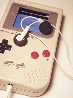 Game_boy_ipod