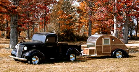 Retro Thing Rollin Oak Teardrop Trailers